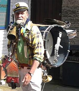 Loading One Band Man